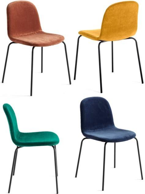 la chaise et bleu chaise en velours l 39 atout chic de la salle à manger