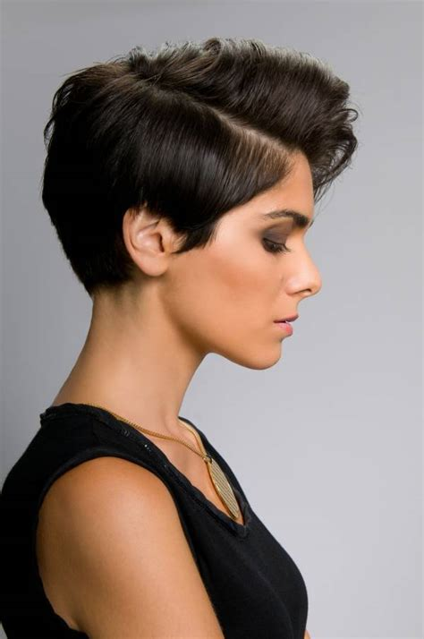 hairstyles  short hair women feed inspiration