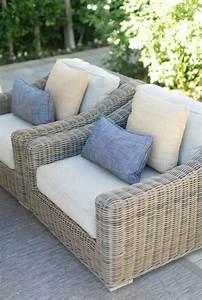 les meubles en rotin sont le theme du jour With tapis exterieur avec bout de canapé rotin