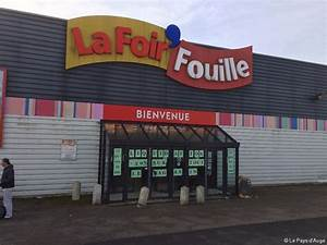 Portant Vetement Foir Fouille : le magasin la foir fouille de lisieux va fermer ~ Dailycaller-alerts.com Idées de Décoration