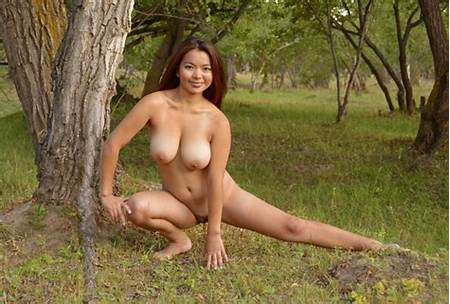 Nude Teen Exotic Models