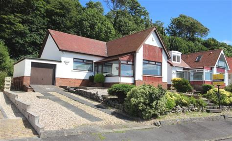 3 Bedroom Bungalow For Sale In Greenock Road, Largs, North