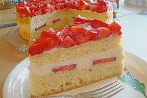 Torte Mit Erdbeeren : erdbeer buttermilch torte rezept mit bild von ~ Lizthompson.info Haus und Dekorationen