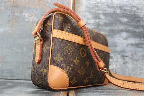 louis vuitton monogram canvas trocadero  shoulder crossbody bag