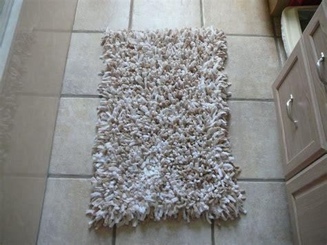 soft  super absorbent bath mat