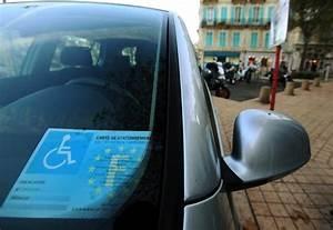 Carte Stationnement Paris : une loi pourrait instaurer le stationnement gratuit pour les personnes handicap es la croix ~ Maxctalentgroup.com Avis de Voitures