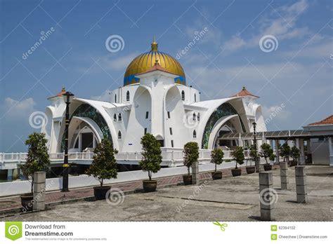 of malacca straits mosque melaka malaysia editorial photography 62394102