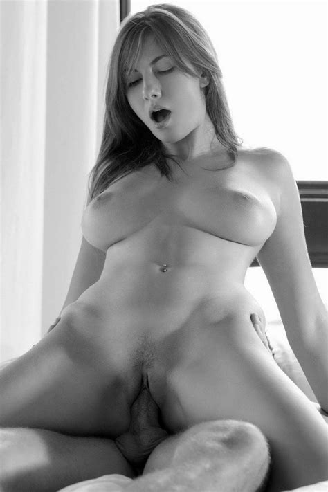 Free Full Frontal Nude Girl Busty