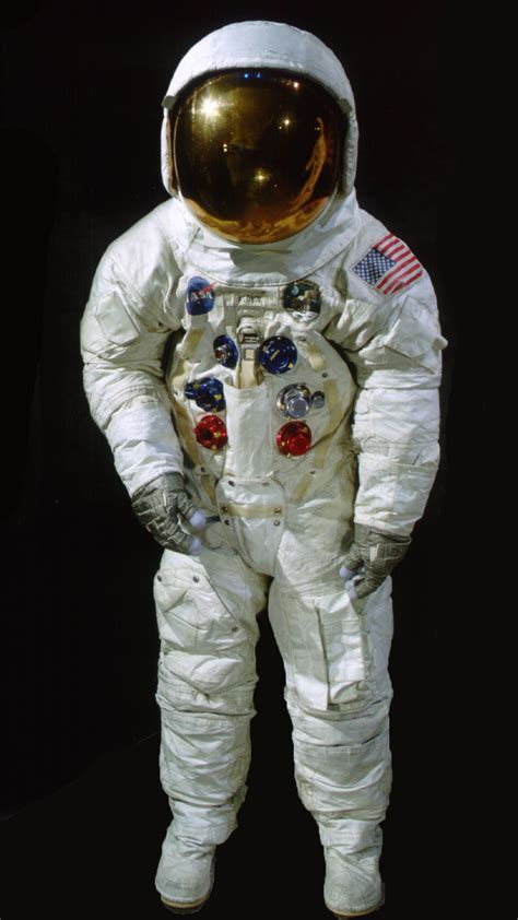 Neil Armstrong Space Suit Smithsonian - Pics about space