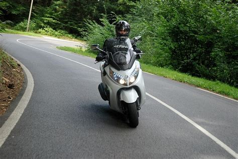 Gambar Motor Sym Maxsym 400i by Sym Sym Maxsym 400i Moto Zombdrive