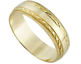 do guys get engagement rings gluten free spinner italian wedding cake top wedding design and ideas