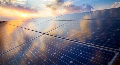 renewable solar energy company  india mahindra rise