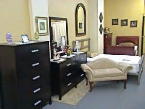 Furniture shops shopping for furniture astoria queens for Bedroom furniture queens ny