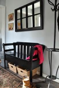 Decorating a Foyer Entryway Ideas with Bench