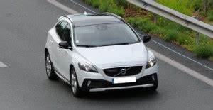 Avis Volvo V40 : 69 avis sur la volvo v40 2012 69 retours ~ Maxctalentgroup.com Avis de Voitures