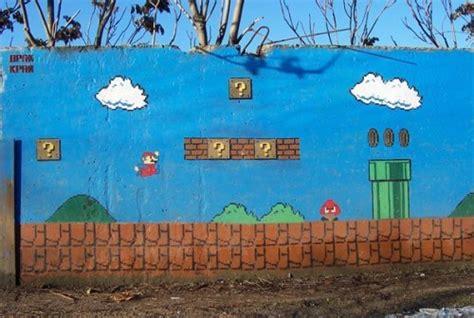 Graffiti Mario : Mario Bros Spray Paint