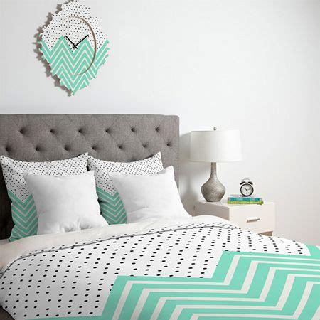 mint green bedroom ideas pantone lucite green inspiring spaces pinterest mint 16205 | 6d9fbee28dc8652f799805c1df03a2ea
