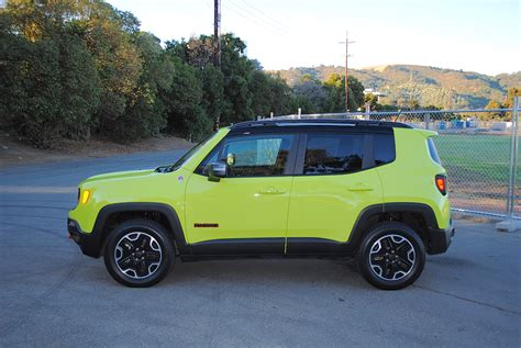 trailhawk jeep green 2017 jeep renegade trailhawk test drive review