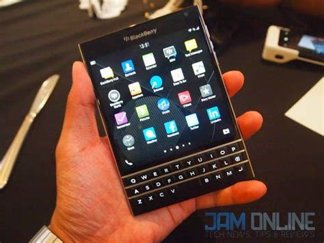 blackberry passport officially launched in the philippines