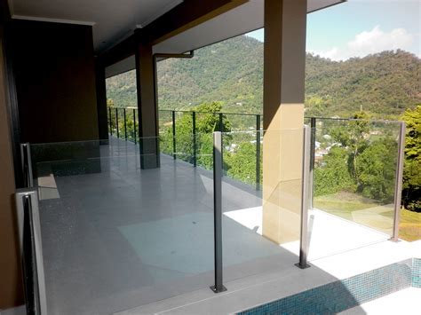 Cairns Fencing Ph: 07 4035 6744   Glass Pool Fencing