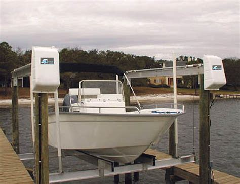 Sling Style Boat Lift by What Size Boat Lift The Hull Boating And Fishing