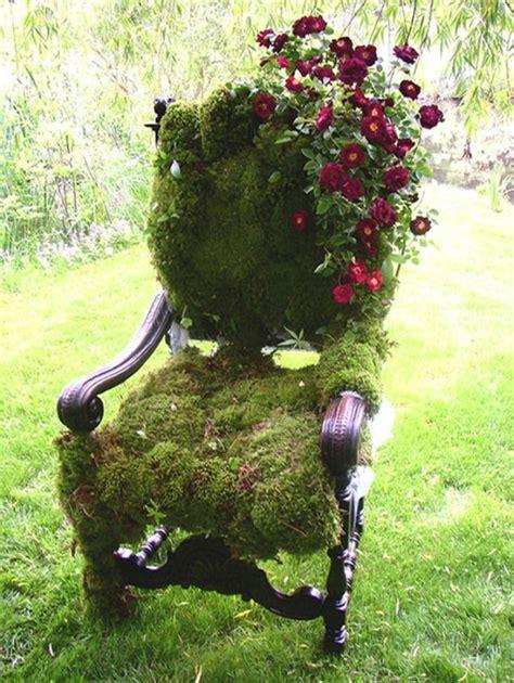 Dekoideen Garten Mit Alten Stühlen, Die Das Exterieur
