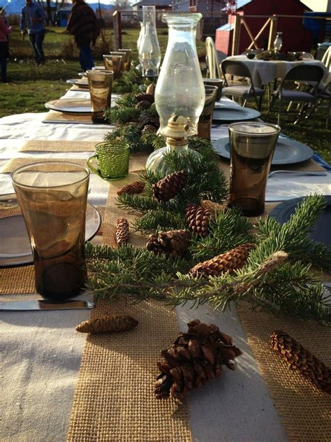 thanksgiving outdoor table decorations 18 beautiful outdoor christmas table settings digsdigs