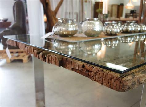 Holztisch Mit Glasplatte by Glasplatte Auf Holztisch Forafrica