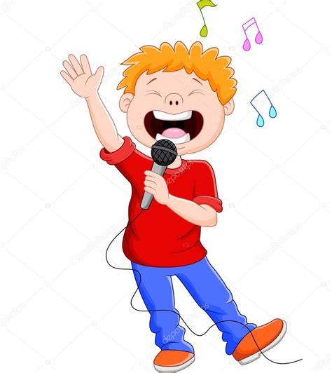 Dibujos animados cantando felizmente sosteniendo el mic