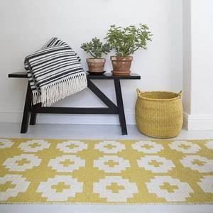 les 92 meilleures images du tableau nappe coussin tapis With tapis jaune avec plaid canapé gifi
