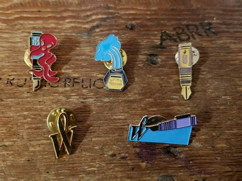 lot  vintage waterman gold trim enamel  pins fountain