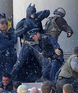 Dark Night Rises: Christian Bale leaves Tom Hardy with ...