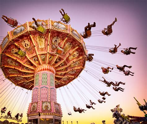 What Is Centripetal Force? Definition and Equations