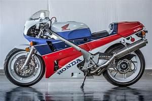 Honda Rc 30 : bonhams 1990 honda vfr750r type rc30 frame no jh2rc3007lm2000118 engine no to be advised ~ Melissatoandfro.com Idées de Décoration