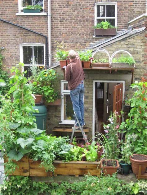 Vertical Vegetable Garden Design by Best 20 Vegetable Garden Design Ideas For Green Living