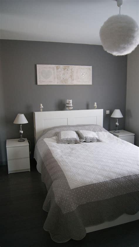 inspiration d 233 coration chambre gris blanc bedroom white grey ossature m 233 tallique en