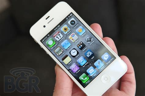 how much is a iphone 4s iphone 4s owners consume almost as much data as