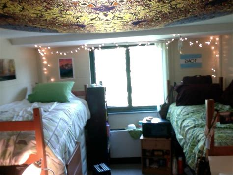 Livin' The Dorm Life Decorating A Living Room With Color Front Door Middle 1 Country Home Decor Ideas For Cheap Armchairs Sale Kohl's Rugs Trailer House