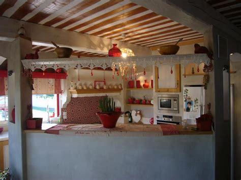 modeles cuisines contemporaines cuisine cagnarde fontvielle cuisiniste baux de