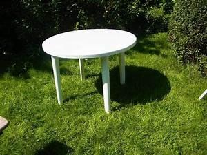 Gartenmöbel Tisch Rund : plastik tisch rund 100cm in hamburg gartenm bel kaufen und verkaufen ber private kleinanzeigen ~ Indierocktalk.com Haus und Dekorationen