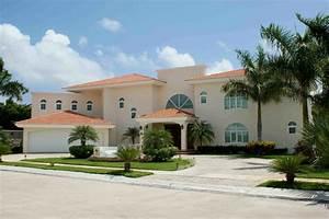 VILLA MAGNA CANCUN FABULOSA CASA ESTILO CALIFORNIA EN VENTA Casas en Condominios en Venta en Cancun