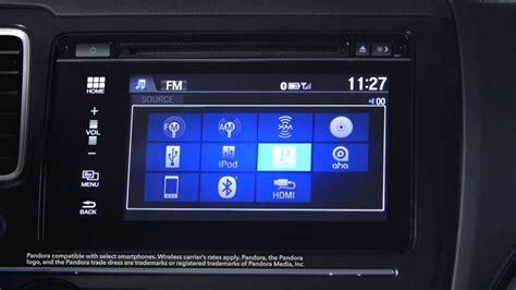 "Honda Display Audio Watching Videos On The 7"" Screen"