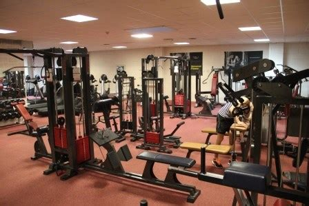 salle de bodybuilding programme d entrainement musculation en salle