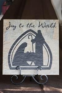 Vinyl lettering on a tile products i love to make for Vinyl letter maker