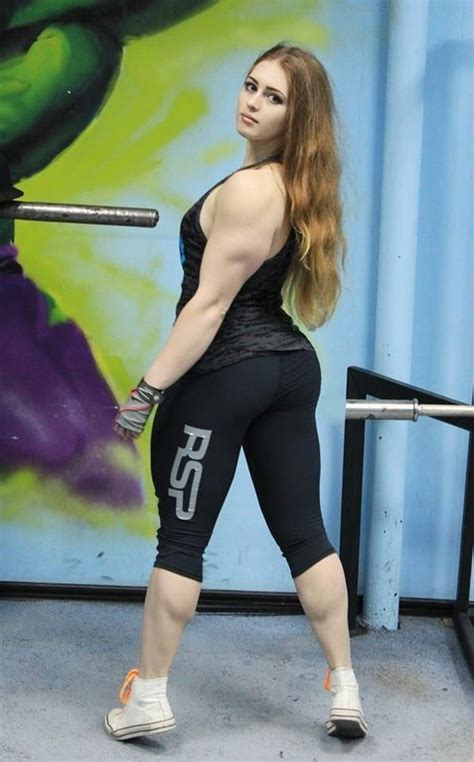 18 Year Old Powerlifter Julia Vins Fitandnatural
