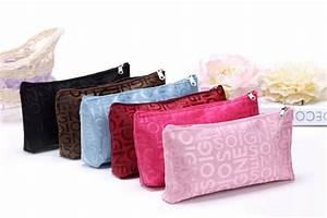 women portable cute multifunction beauty zipper travel With letter makeup bag