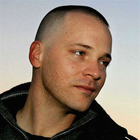 attractive military haircuts  men