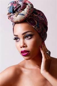 Tete A Coiffer Afro : coiffure africaine foulard ~ Melissatoandfro.com Idées de Décoration