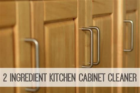 kitchen cabinet cleaning tips 2 ingredient cleaning tips and tricks happy go lucky 5184