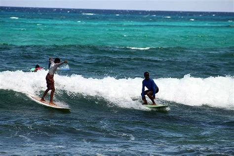 bahamas surfing conditions  forecast september